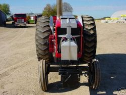 Minneapolis Moline 5-Star Pulling Tractor